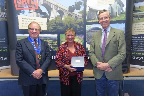 'Pip receiving the Heritage Champion award from the chairman and president of the Cornwall Heritage Trust'
